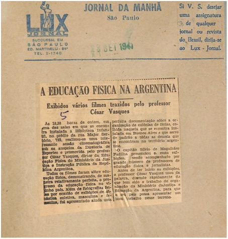 Figura 1 (CDH, CV439:17). Recorte periodístico brasilero identificado en una compilación perteneciente al fondo César S. Vásquez que informa la exhibición de films sobre Educación Física argentina en dicho país.