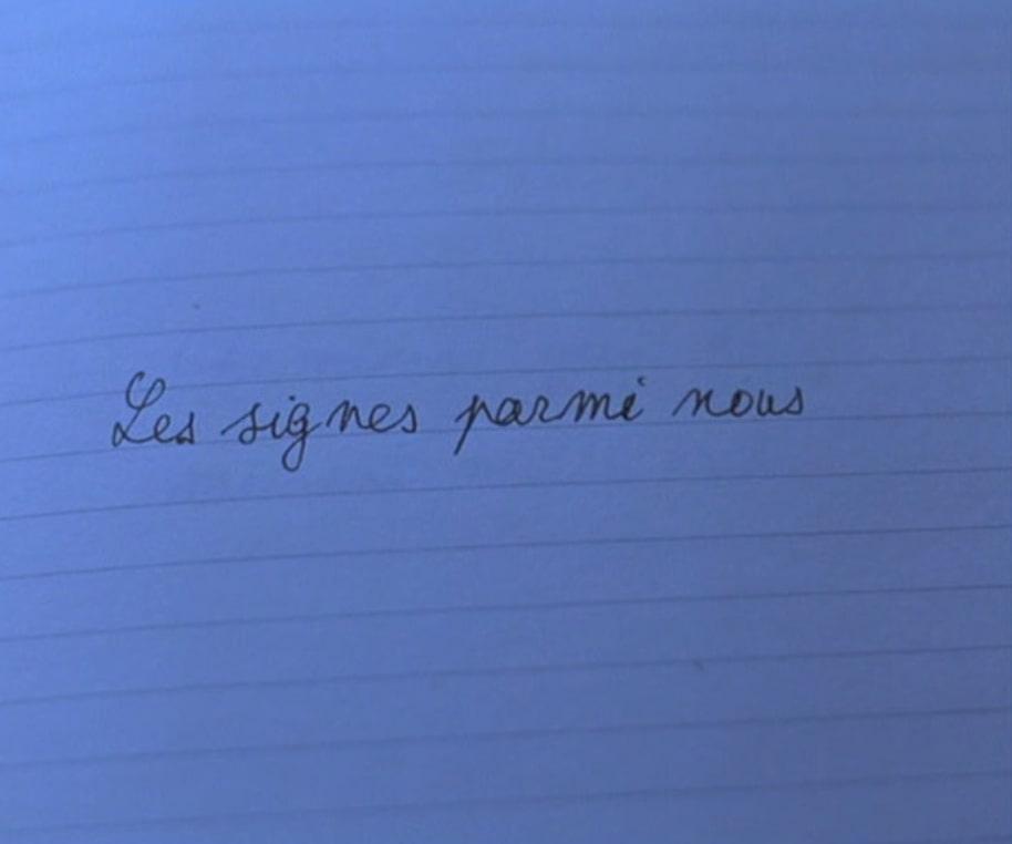 Figura 4. La escritura de Les signes parmi nous en JLG/JLG marca la inscripción autoral en el documental