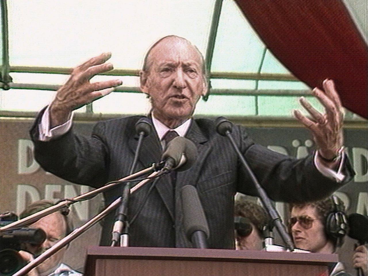 Figura 3. Kurt Waldheim en campaña en 1986