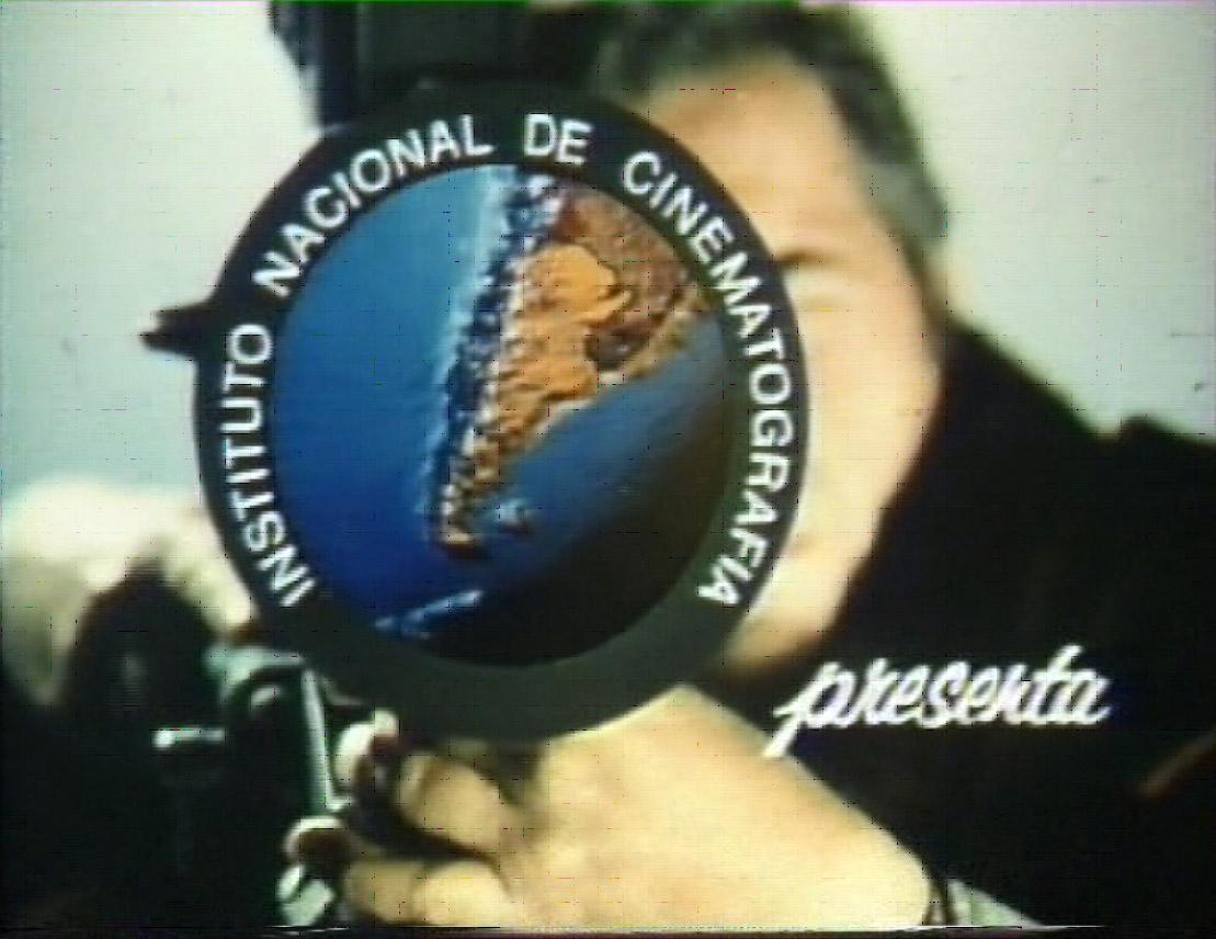 RllorensFotograma de Placa de apertura de los cortometrajes del INC